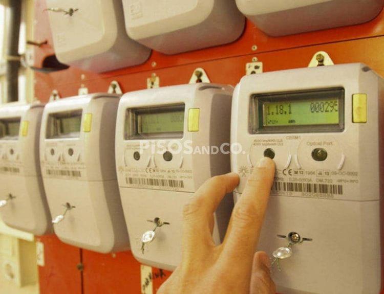 Dar de alta la luz: ¿cómo tramitar el certificado eléctrico?