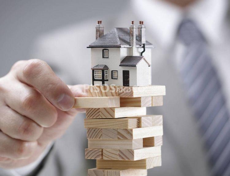 Cómo vender la casa hoy y seguir viviendo en ella toda la vida. La venta de un inmueble conservando su usufructo se afianza como complemento de la pensión.