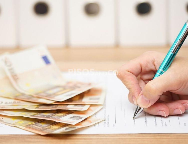 Diferencia entre contrato de arras y contrato de compraventa. Tipos de arras (confirmatorias, penales y penitenciales)