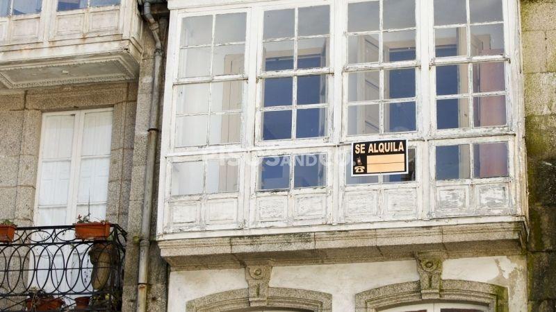 ¿Puede el arrendador subir el alquiler sin avisar?